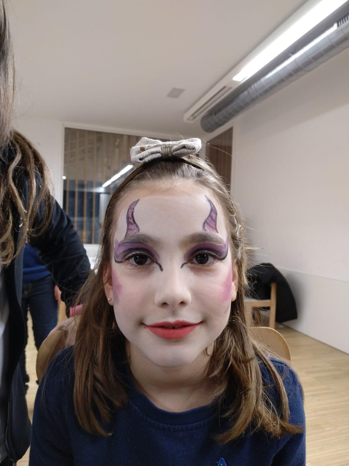 maquillando mercado navidad alcañiz de tiendas 4