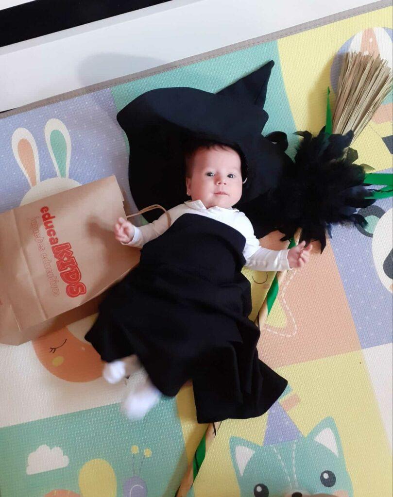 Bebé disfrazado Halloween EducaKids